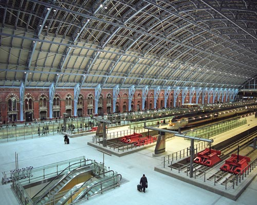 The Barlow Shed on the first day of Eurostar Services operating from the newly restored St Pancras International. Photo by Michael Walter/Troika