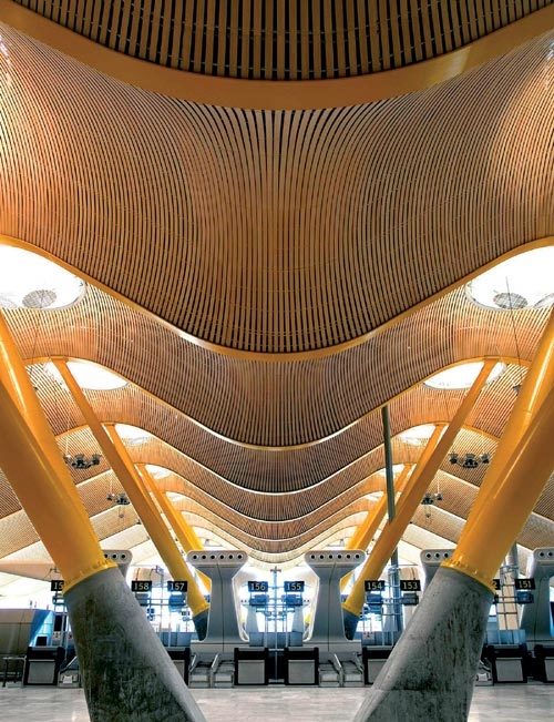 Inside Barajas Airport Terminal, Madrid. Photo credit: Manuel Renau.