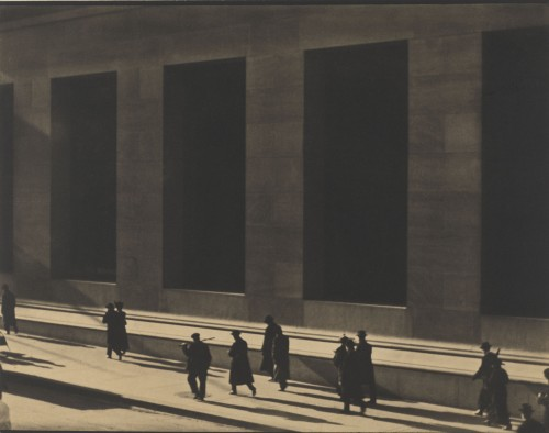 Paul Strand. Wall Street, New York, 1915 (negative); 1915 (print). Platinum print, Image: 9 3/4 × 12 11/16 in (24.8 × 32.2 cm), Philadelphia Museum of Art, The Paul Strand Retrospective Collection, 1915-1975, gift of the estate of Paul Strand, 1980 © Paul Strand Archive/Aperture Foundation.