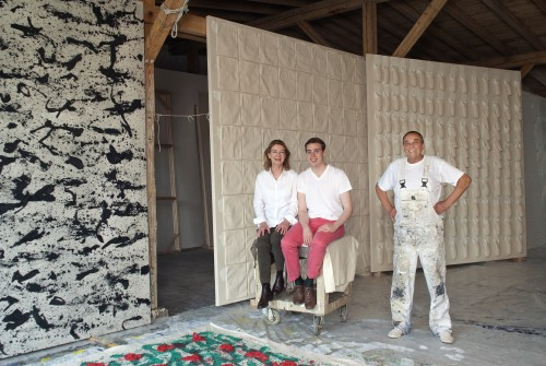 Christine, Jacob and Günther Uecker in the studio; in the background works by Günther Uecker. Photograph © Roswitha Pross, Munich.