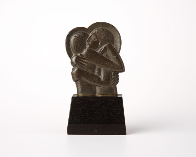 Eric Gill. Icon (for Divine Lovers), 1923. Pewter, 12.5 x 6.5 x 3.8 cm. Ditchling Museum of Art + Craft. Courtesy of the Ditchling Museum of Art + Craft.