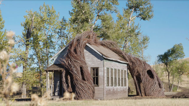 Patrick Dougherty, Daydreams, 2015. Locally sourced willow saplings and sticks. (School house in collaboration with JXM & Associates LLC and CTA architects.) Image courtesy of Tippet Rise Art Center/Djuna Zupancic. Photograph: Djuna Zupancic.