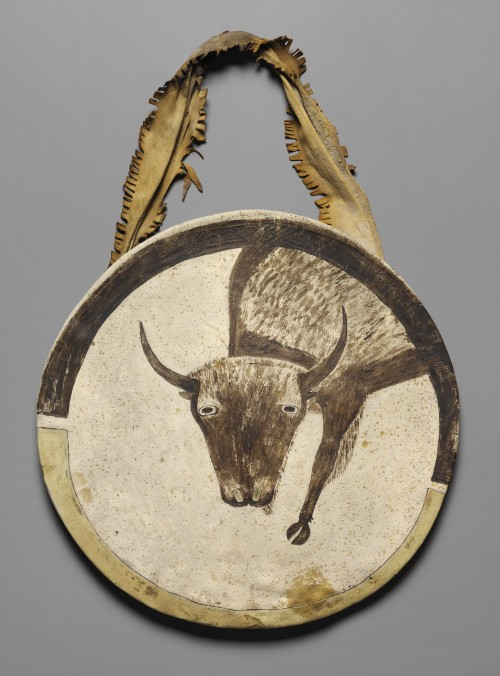 Shield, c1850. Arikara artist, North Dakota. Buffalo rawhide, native tanned leather, pigment, 20 in (50.8 cm) diameter. Kansas City (Missouri), The Nelson-Atkins Museum of Art, Purchase: the Donald D. Jones Fund for American Indian Art. Photograph: The Nelson-Atkins Museum of Art/Jamison Miller. (Cat.55).