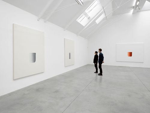 Lee Ufan at Lisson Gallery, London. Installation view featuring the works titled Dialogue. Courtesy the artist and Lisson Gallery. Photograph: Jack Hems.