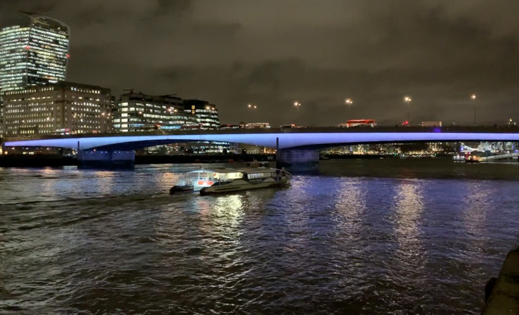 Leo Villareal, Illuminated River (London Bridge), London 2019. Photo: Martin Kennedy.