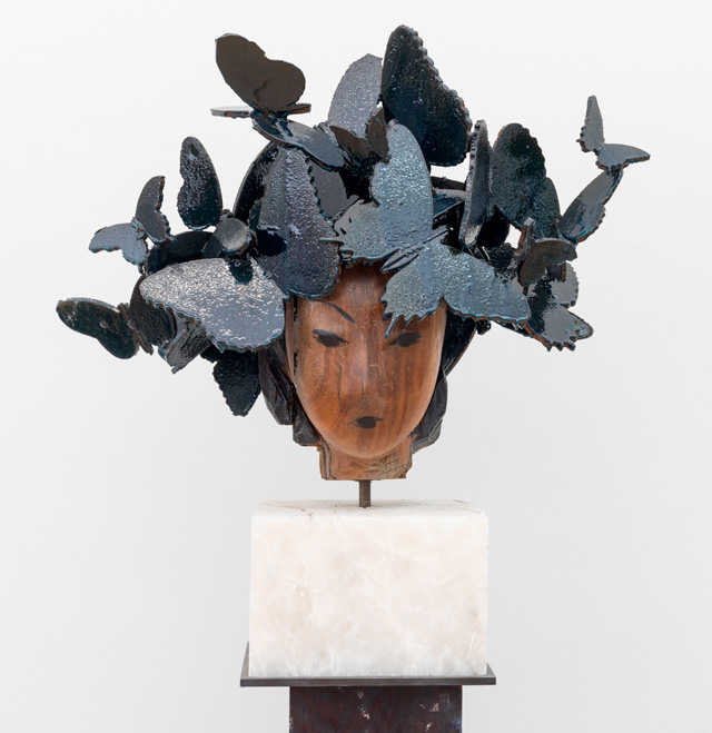 Manolo Valdés. Butterflies, 2016. Wood and steel, 34 x 32 x 14 in. Copyright Manolo Valdés, courtesy Marlborough Fine Art, London.