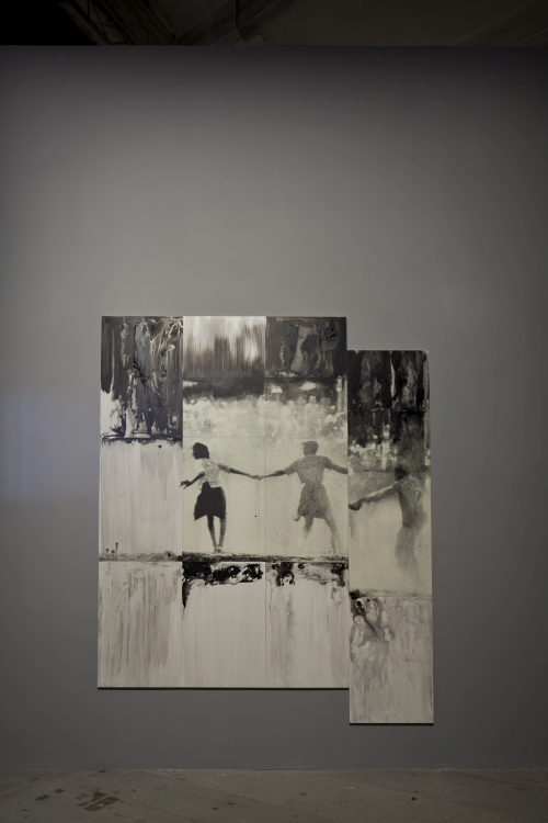 Lorna Simpson. Three Figures, 2014. Ink and printing on clay table. 296.5 × 247.7 cm. 56th International Art Exhibition - la Biennale di Venezia, All the World's Futures. Photograph: Alessandra Chemollo. Courtesy by la Biennale di Venezia.