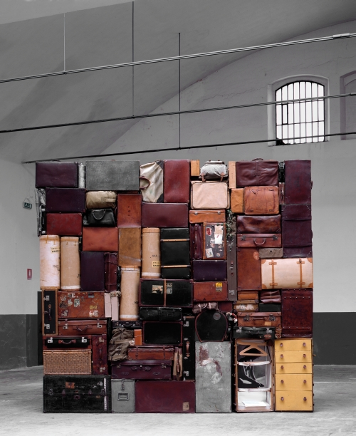 Fabio Mauri. Il Muro Occidentale o del Pianto (Mauri Wailing Wall), 1993. Suitcases, bags, trunks, leather casings, canvas, wood, 400 x 400 x 60 cm. La Cartaia, Vaiano, 1998. Photograph: Claudio Abate.