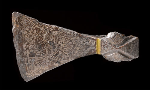Silver-inlaid axehead in the Mammen style, AD 900s. Bjerringhøj, Mammen, Jutland, Denmark. Iron, silver, brass. L 17.5 cm. © The National Museum of Denmark.
