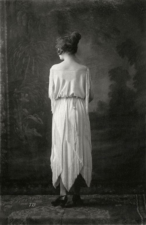 Photo courtesy of Union Francaise des Arts du Costume from <em>Madeleine Vionnet</em> by Pamela Golbin, Rizzoli 2009.
