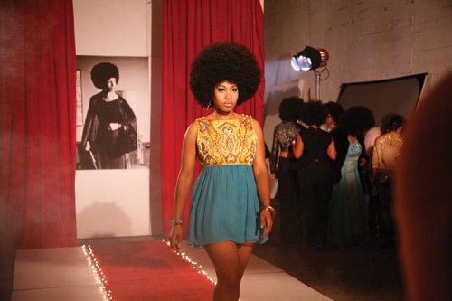 Carrie Mae Weems. Afro-Chic, 2010. Digital colour video, with sound, 5 min 30 sec. Collection of the artist, courtesy the artist and Jack Shainman Gallery, New York. © Carrie Mae Weems.