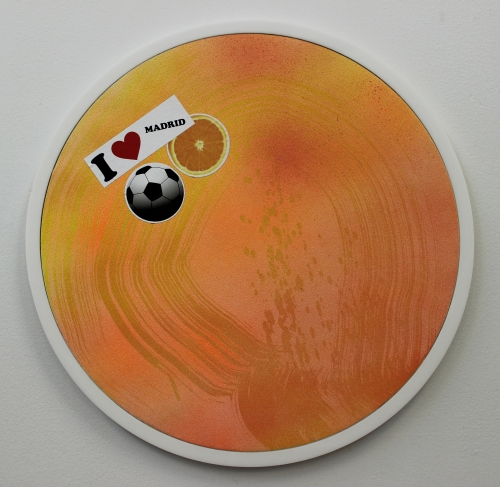 Wendy White. Limones (after Ouka Leele), 2014. Acrylic on canvas, plexiglas and PVC frame, stickers, 17 in diameter.