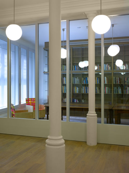 Whitechapel Gallery: New spaces. Gallery 4 and Foyle Reading Room. Photo: Richard Bryant