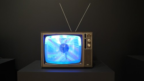 Earl Reiback. Thrust, 1969. Three Experiments within the TV Tube. Modified television set, 19 3/4 × 28 5/16 × 20 1/2 in (50.2 × 71.9 × 52.1 cm). Whitney Museum of American Art, New York; Purchase, with funds from David Bermant and Barbara Wise. Photograph: Miguel Benavides.