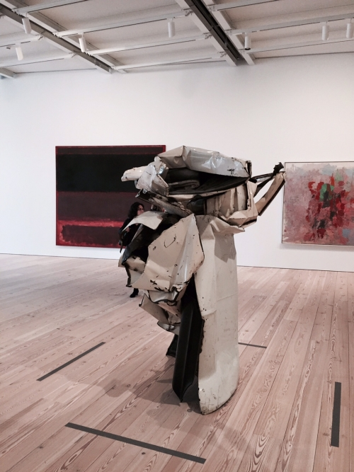 Exhibition view. John Chamberlain. Velvet White, 1962. Painted and chromium-plated steel, 79 1/2 × 52 3/4 × 58 1/4 in (201.9 × 134 × 148 cm). Whitney Museum of American Art, New York; Gift of the Albert A. List Family. Photograph: Miguel Benavides.