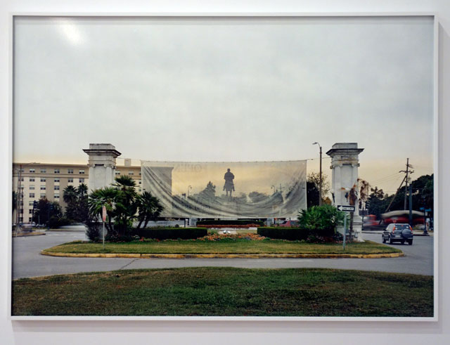 An-My Le. Monument, General P.G.T. Beauregard, New Orleans, Louisiana, 2016. Inket print. Collection of the artist. Photograph: Miguel Benavides.