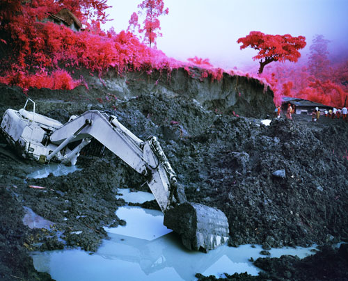 Richard Mosse. Stalemate, 2011. Digital c-print. Courtesy of the artist and Jack Shainman Gallery, New York.